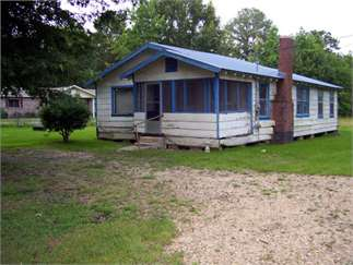 Brookhaven, Lincoln County, Mississippi House For Sale - .5 Acres